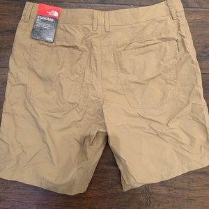 The Noth Face Mens Shorts 34